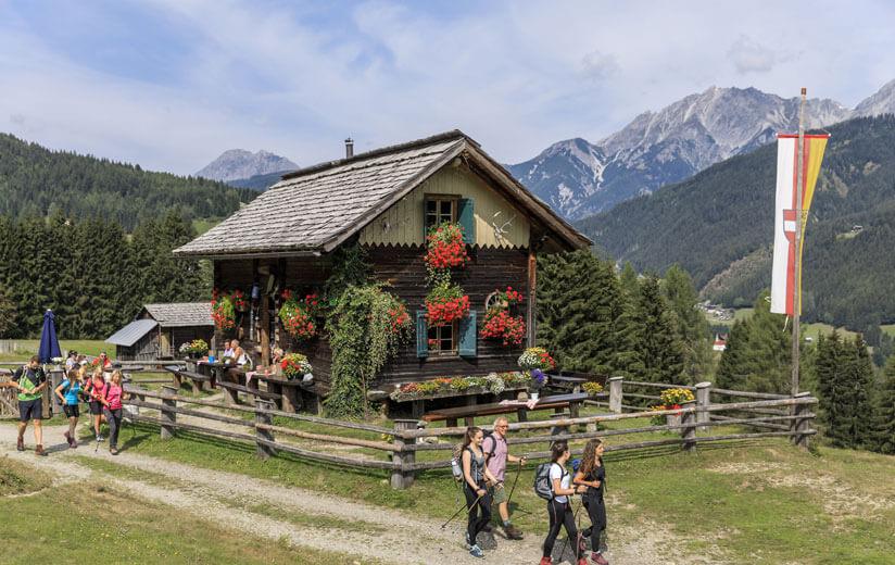 Heumilch-Wanderung #8: Ein kulinarischer Ausflug zum Brot- und Morendenweg im Lesachtal