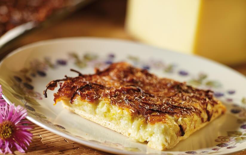 Urgut kochen – Heumilch Käsefladen